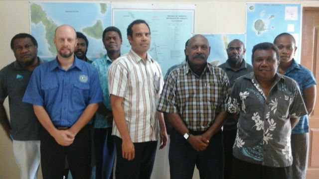 Photo shows Minister of Lands Ralph Regenvanu with Director of Lands Department, other members of the Advisory Committee and consultant Steven Tahi at the first briefing